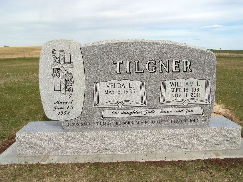 Tilgner William